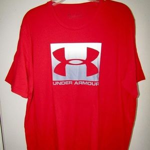 Red Under Armour short sleeve t-shirt